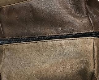 皮革製小ハンドバッグ補油のお手入れ前の写真